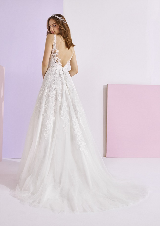 White One Essentials weddingdress